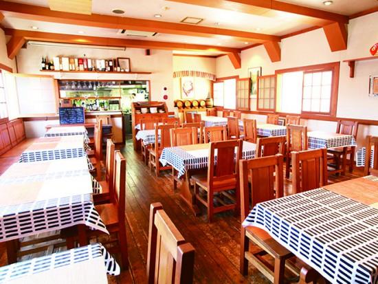 総曲輪エリアの創業20年の銘店チーボは40名まで収容できる